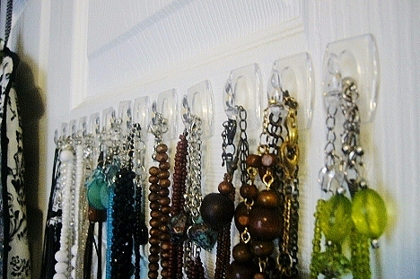 Quick And Easy Way To Organize Jewelry