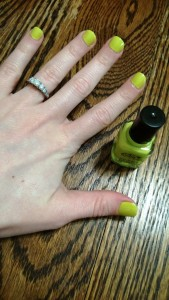 Nail Tutorial: Solid Polish with *BONUS* Flower Cover-up